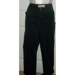 Ladies SZ 26W stretch black jeans EUC 5 pocket